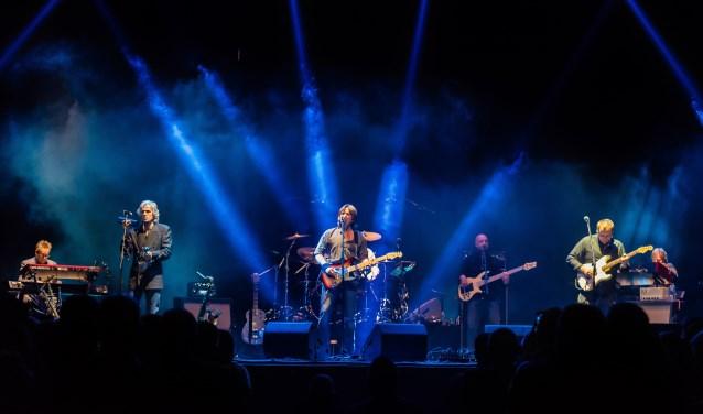 Op donderdag 23 mei staatThe Dire Straits Experiencein Openluchttheater Eibergen. Foto's: PR Openluchttheater Eibergen