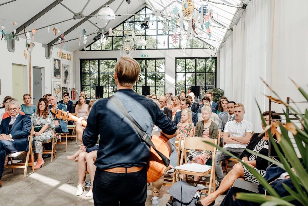 """""""Ik ben altijd nog wel zenuwachtig voor een optreden, het houdt je scherp. Gezonde spanning is altijd goed!"""" (Foto: Romy van den Boogaart) Foto: Romy van den Boogaart © Persgroep"""