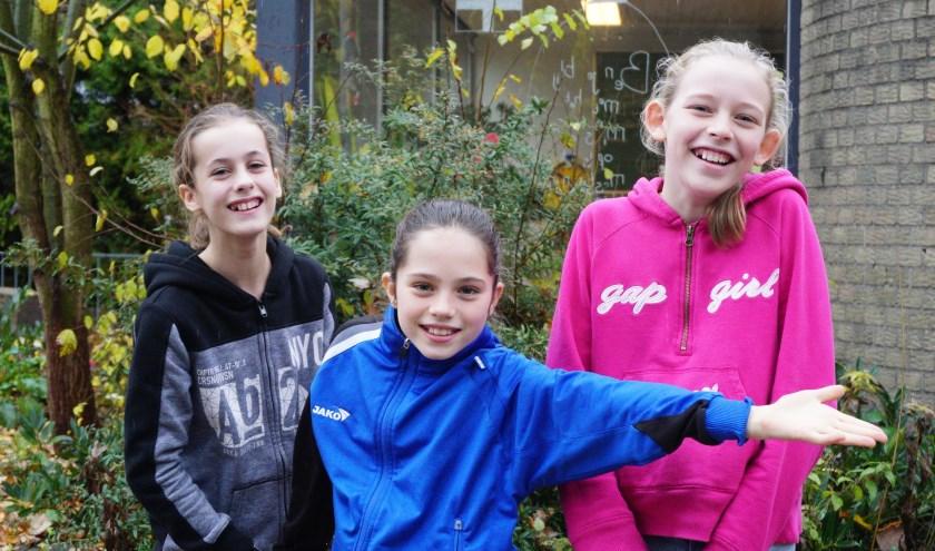 Rosa Meijer, Djuna Dokter en Anna van Stappershoef van basisschool De Ontdekkingsreis Foto: Ellis Plokker