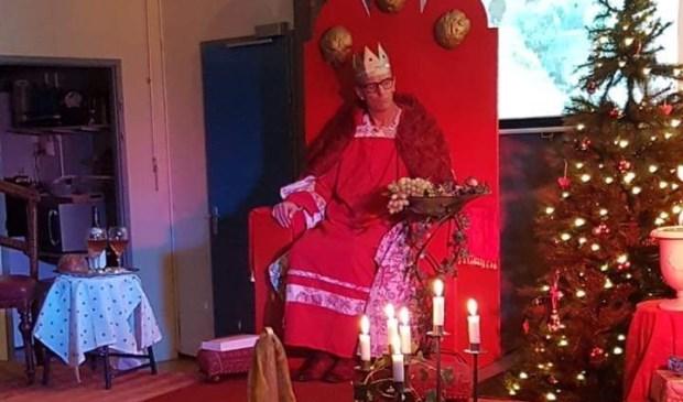 De bezoekers kregen in twaalftafereeltjes het kerstverhaal voorgeschoteld.Eigen foto