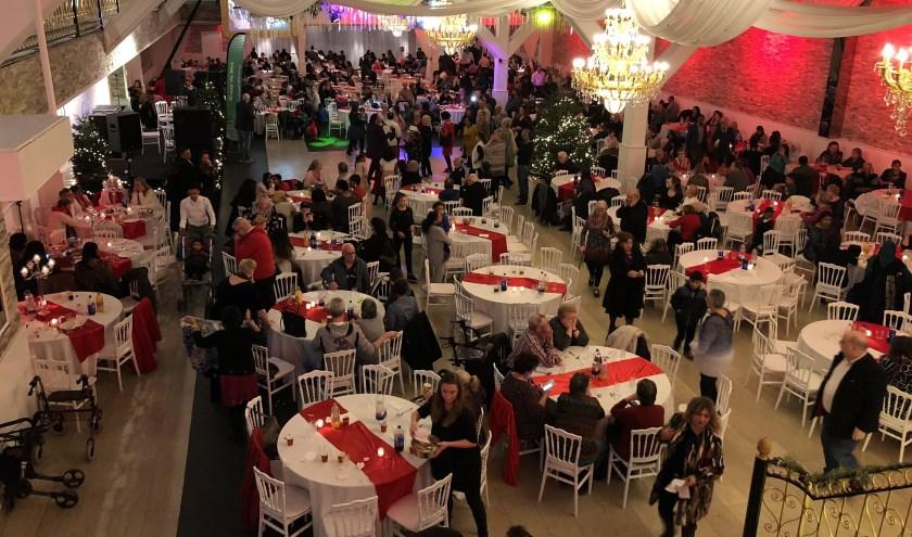 Het kerstdiner vond plaats in Zalencentrum Opera.