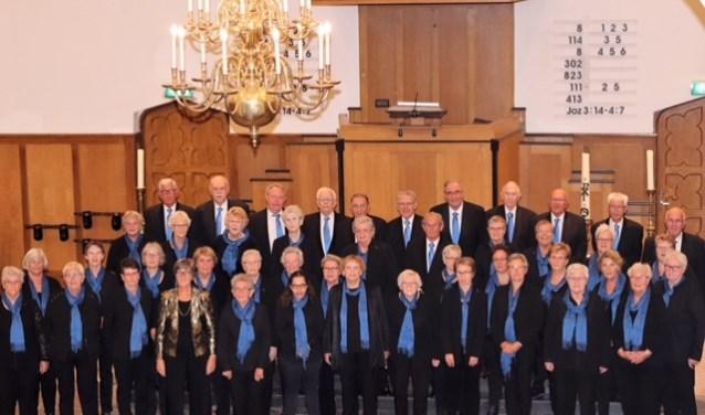 Con Amore heeft 52 enthousiaste leden, waarvan enkele al lid zijn vanaf de oprichting in 1970.