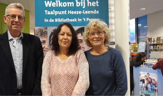 De vrijwilligers: Jos Jansen, Caroline van der Waals en Jacqueline Dona.