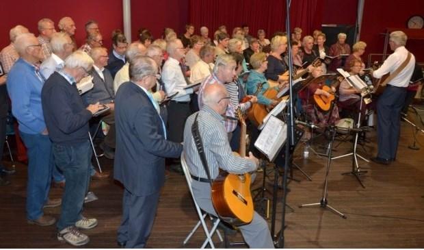 Na 37 jaar en ruim 1700 optredens in het hele land houdt Gideon op te bestaan. Eigen foto