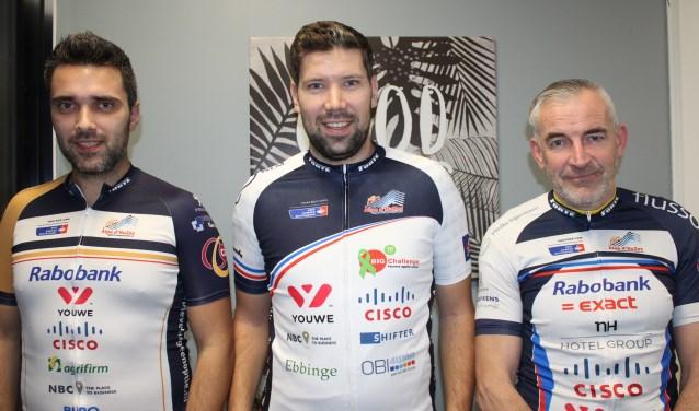 De harde kern van Team Tormenta, van links naar rechts: Corné en Marco van Cappellen en Gerrit Jansen.