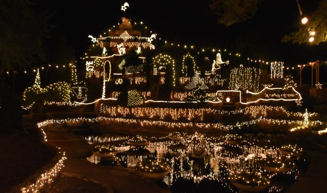 De lichtjes van Ampies Berg vormen een fantastisch schouwspel.