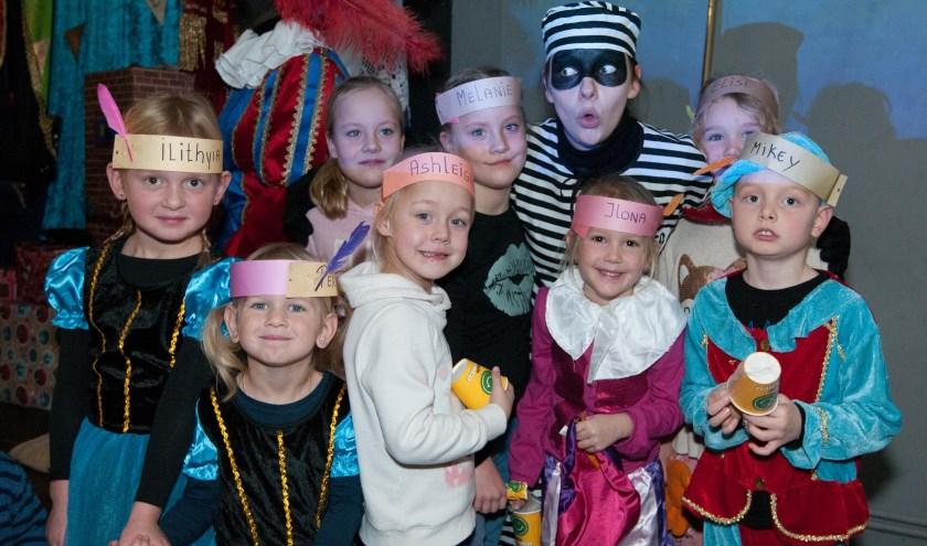 Gelukkig het Sinterklaasfeest in Waterland ging toch door ondanks de boef! Foto: Ropa Photo