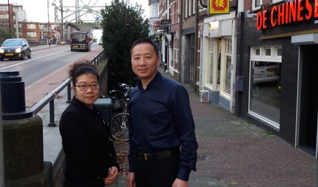 Aili Yang en Lisheng Hu zijn eigenaar van De Chinese Muur. Hun wensen voor het nieuwe jaar zijn eenvoudig: een gezond en gelukkig leven.