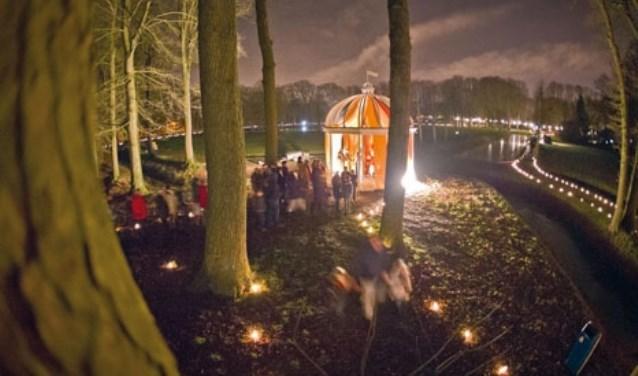 Ook dit jaar wordt er weer een fantastisch tafereel neergezet in het Beeklustpark, de lichtjes en de herders wijzen u de weg