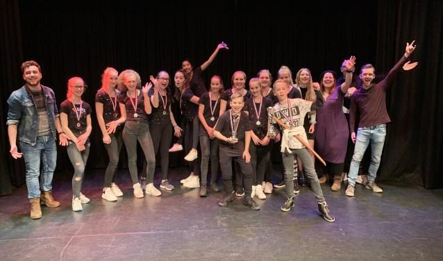De deelnemers aan de eerste Show Your Talent in Theater De Molen.