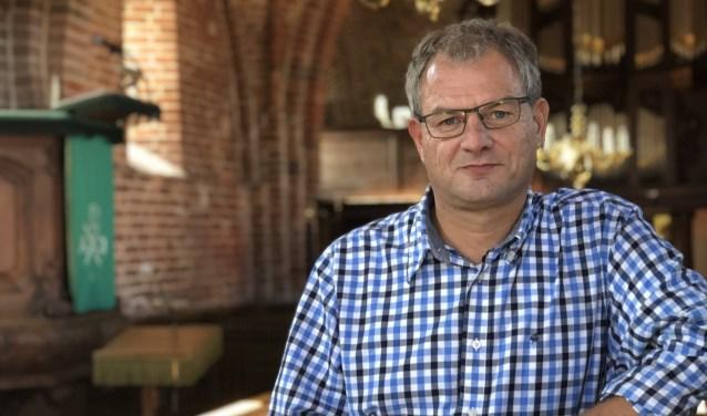 'Met mijn columns wil ik mensen prikkelen om hun eigen opvattingen goed te beschouwen.' Foto: René van Walhout