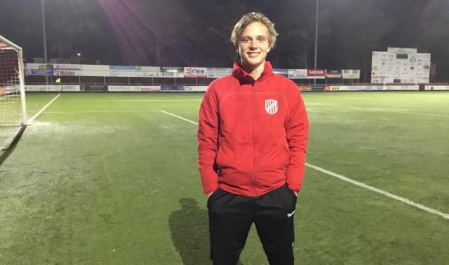 """Mees ten Broeke: """"Ik voetbal bij de club en ik vind dat je daarvoor wel wat mag terugdoen."""""""