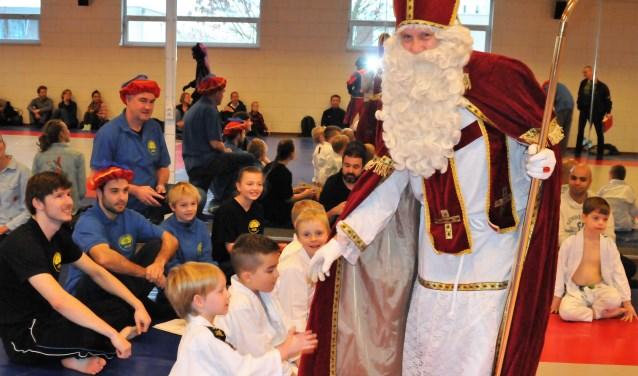 Sint op bezoek bij Sportschool Venendaal.