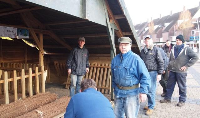 Zoals destijds de herders de wacht hielden bij hun kudde, houden in deze tijd de Bladelse vrijwilligers nog steeds de wacht bij hun stal en kudde.