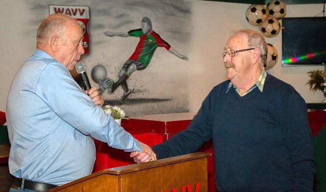 Henk Jansen is Lid van Verdienste bij WAVV.