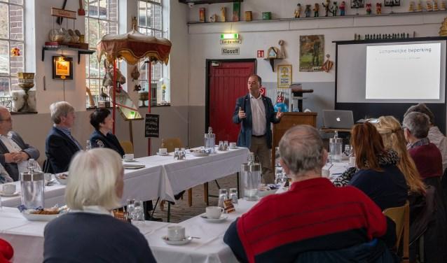 De bijeenkomst in Viller Mühle werd goed bezocht. (eigen foto)