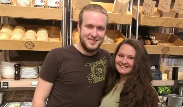 De Bergse Bagels & Beans wordt gerund door Koen van Bijsterveldt (21) en Yanouk Bouter (22), de jongste en een na jongste 'bagelbazen' ooit.