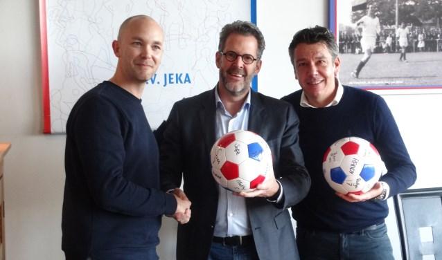 Op de foto: voorzitter Philip Bos geflankeerd door William Boelens (l) en Joris Martens (r) van Zuyderleven