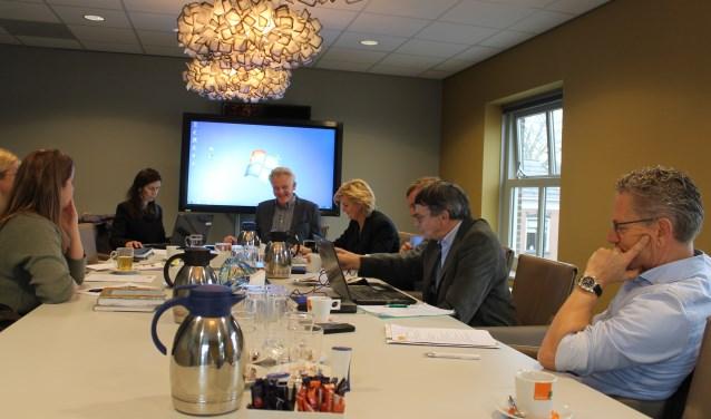 De Commissie Cultureel Erfgoed van de gemeente Aalten in vergadering bijeen. Eén van de onderwerpen was het project: 'Een nieuwe tijd'.