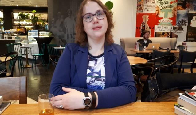 De 31-jarige Sophie Koning heeft haar autobiografie gepubliceerd.