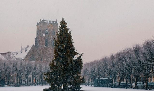 Markt en Geertruidskerk in de winter