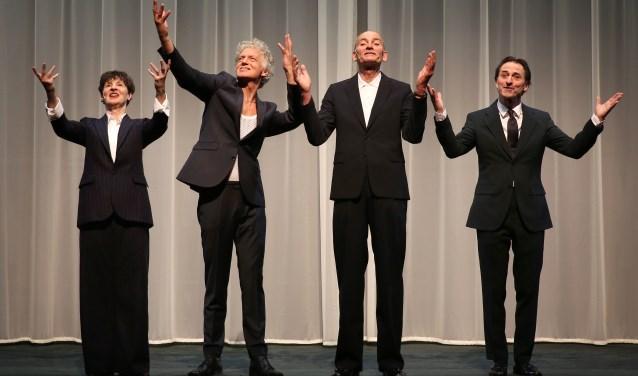 De vier acteurs schitteren in Liefdesverklaring (voor altijd). Foto: Anja Beutler