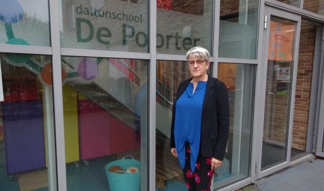 Winnie Boeter (61) is per 1 januari officieel directeur bij Daltonschool De Poorter in Gorinchem. (Foto: Eline Lohman)