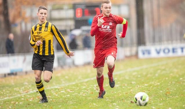 De derby eindigde uiteindelijk in een geflatteerde 3-1 overwinning voor Baardwijk. Foto: Alexander de Peffer
