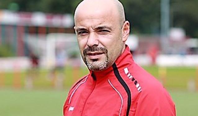 Vanaf volgendseizoen is Mete Soygül hoofdtrainer van Heren 1 van v.v. Rigtersbleek. Foto: Herman Oude Alink