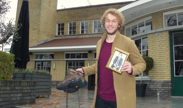 Boskoper Mark van der Molen is als radio-dj actief bij Serious Request 2018. Zijn wandelschoenen en radio-collega Rámon Verkoeijen gaan ook mee. FOTO's: Morvenna Goudkade