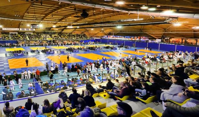 Twee dagen lang wordt Indoor Sportcentrum Eindhoven goed bezocht voor Dutch Open Espoir. Het evenement is op 12 en 13 januari 2019 te doen. (foto: Foto: Marcel van de Kerkhof).