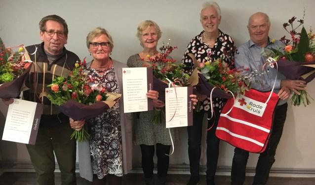 De jubilarissen (v.l.n.r.): J. Rijndertse, T. van Westrenen-Neulen, L. Smit-Van Daalen, J. Hegeman, P. Kersten