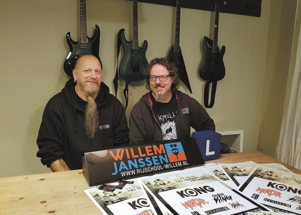 Willem Janssen (links) en Paul Scheers, metalliefhebbers onder elkaar.