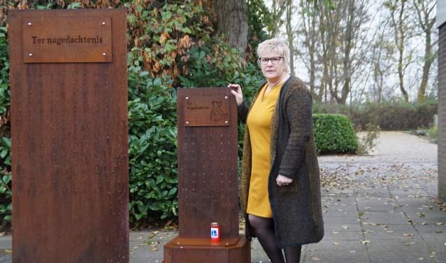 Wilma van Steenbergen organiseert dit jaar voor de zevende keer de WereldLichtjesdag in de Bommelerwaard.