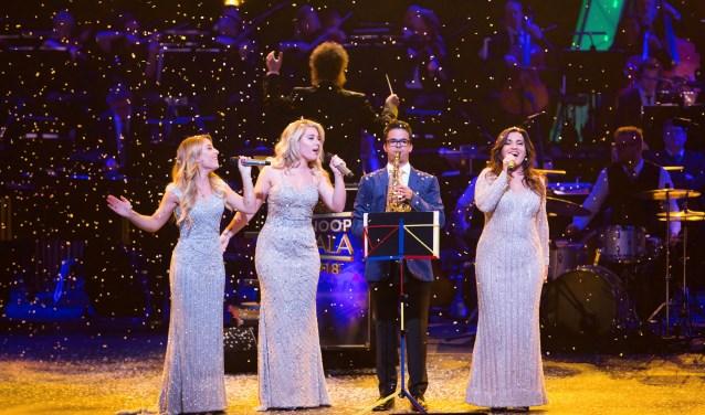 Het optreden van Rico Alberts en OG3NE tijdens Knoop Gala 2018 in Koninklijk Theater Carré.