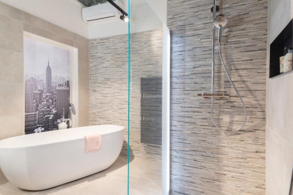Nunspeet huis aan huis vernieuwde showroom de wilde tegels
