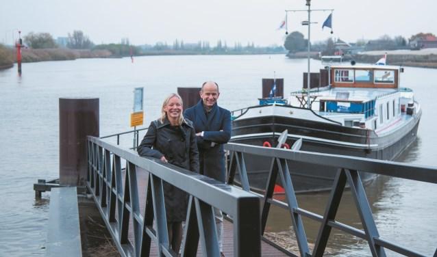 Directievoorzitter Judith Cok en voorzitter van de Raad van Commissarissen Ed Brouwer van de nieuwe bank Hollandse IJssel.