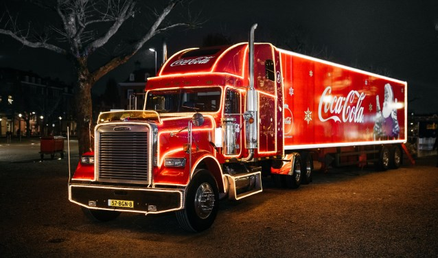 Dit jaar kun je bij de Coca-Cola kersttruck meezingen met een nieuwe versie van de kersthit 'Holidays are coming'. In Breda kan dat op vrijdag 7 december op Breepark. FOTO: MADELEINE BOLLE PHOTOGRAPHY