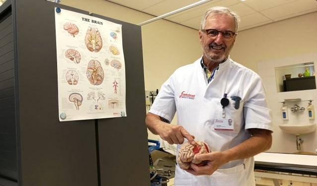 Hans Verheij verlaat het Franciscus Vlietland na 31 jaar gewerkt te hebben als neuroloog in het ziekenhuis (Foto: Peter Spek).