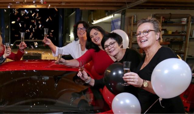 Internationale Vrouwendag wordt georganiseerd door: Ingrid Hilgeman, Karin van Duin, Marjon Schouwenburg, Marja de Zwart, Diana de Winter, Tahani al Abdo,Marcella ten Kortenaar en Marlies Bol. (Foto: Michael Dinger)