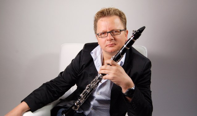 Centrale gast is Wenzel Fuchs, de soloklarinettist van de Berliner Philharmoniker. Hij treedt op met het Orkest van het Oosten, het Orkest van de Koninklijke Luchtmacht en het Valerius Ensemble.