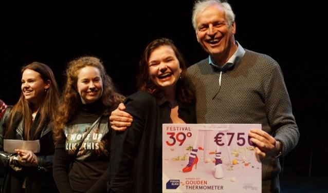 Floor Langen uit Breda heeft dit jaar, met haar solovoorstelling Alles, de Gouden Thermometer van het theaterfestival 39Graden gewonnen. FOTO: JEROEN KOEVOETS