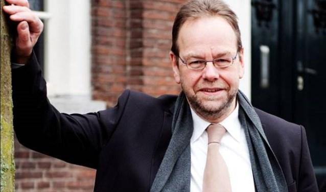 """Raadslid Wil van Pinxteren stopt na zestien jaar na de verkiezingen met zijn werk voor de Haarense gemeenteraad. """"Ik ben klaar met het besturen op basis van de waan van de dag zoals met name het CDA en Progressief 96 willen."""""""