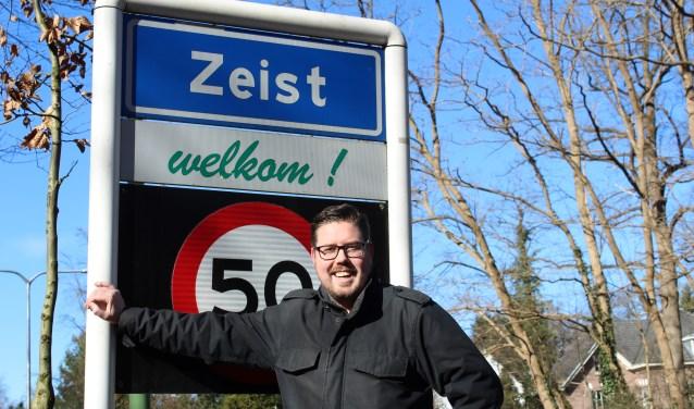 Paul Koster richtte op 4 februari 2012 de Facebookpagina Zeist op: een plek waar men over Zeist kan discussiëren.  FOTO: Lydia van der Meer