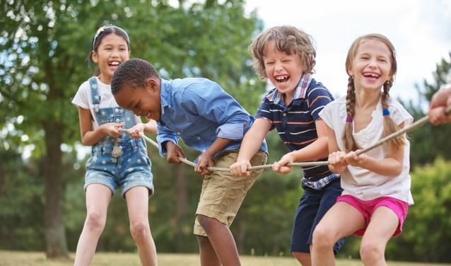 """Stichting Leergeld ondersteunt kinderen uit minimagezinnen. Voorzitter Marco Sikkel: """"Wij helpen kinderen om mee te doen, op school maar ook op het gebied van sport en cultuur."""""""