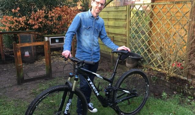 Mountainbiken is een van hobby's van Sander Koenraadt.