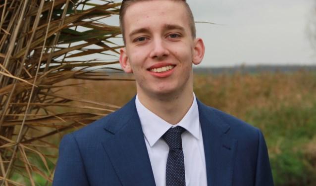 """Tom de Nooijer krijgt vooral positieve reacties op zijn kandidaatstelling voor de gemeenteraadsverkiezingen. """"Mensen vinden het mooi dat er nu ook een jongere op de lijst staat."""""""