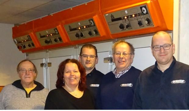 Van links naar rechts: Gerard van Santen, Martine Visser én Peter,Aart enGerard 't Lam. Eigen foto