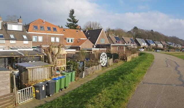 De tuinen aan de Veerstraat die volgens de gemeente Wageningen vervroegd gesaneerd moeten worden. (foto: Kees Stap)