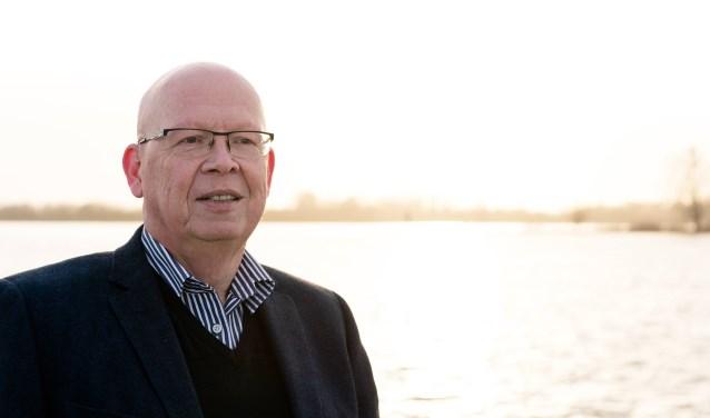 De lijsttrekker van Stadsbelang, Dick van Zanten.
